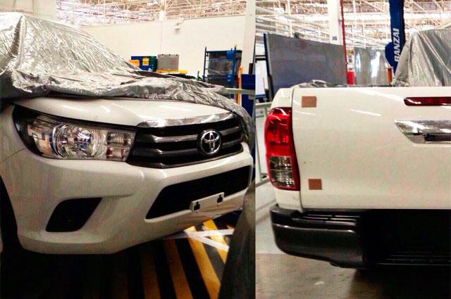 Toyota Hilux 2016 фотографии автомобиля