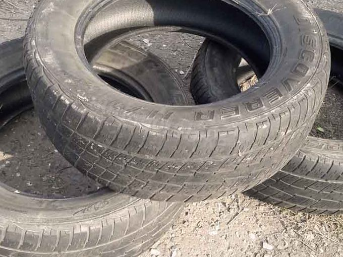 Cooper discovery M+ S 275/60 R20